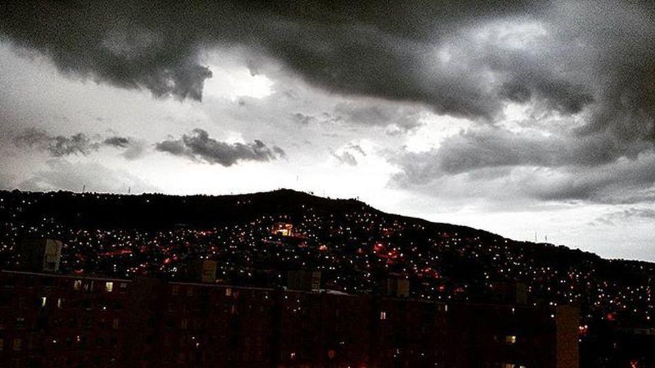 Atardecer en Siloé Calico Farallones TardeDeLluvia