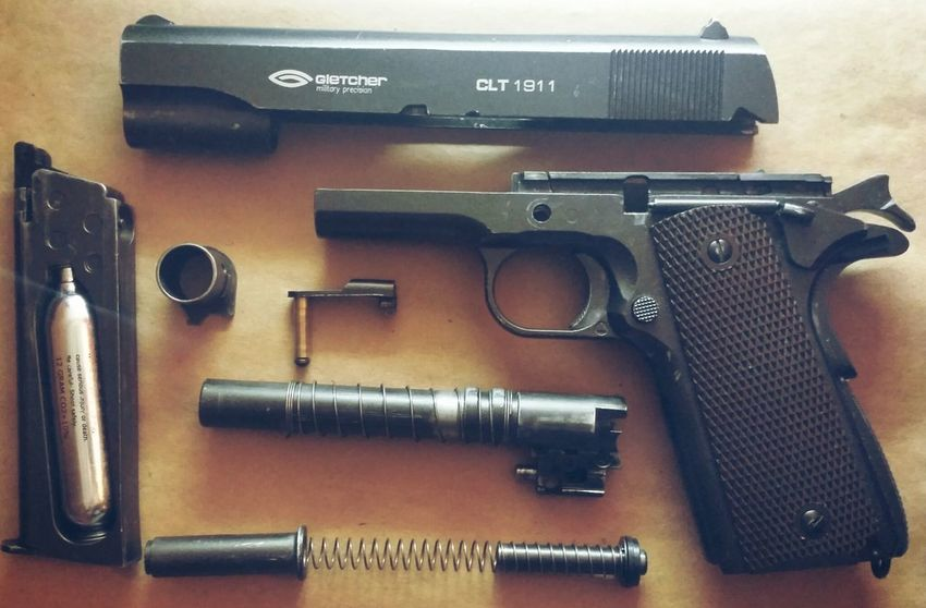 Colt 1911 Colt Guns Pistols Gun