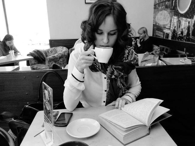 Coffee Break Cappucino Coffee Student Life Russian Girl Enjoying Life Beautiful Girl Russia Hello World Holiday