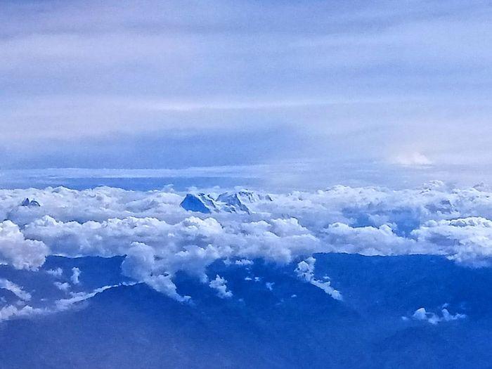 sierra nevada Nubes Cloud - Sky Nieve Vuelo Volando Voy... Paisaje Natural Vuelo Entre Las Nubes Traveling Bird Snow Cold Temperature UnderSea Flying Winter Glacier Polar Climate Physical Geography Geology Rocky Mountains Rock Hoodoo