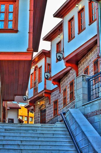 Architecture Building Exterior Red Built Structure No People Outdoors Low Angle View City Day Sky Blue Beauty In Nature Fallowme Fallow City Life Nature Streetphotography Ankarakalesi Ankaradayasam Hamamönü Ankara Altındağ Travel Destinations Tradition Water