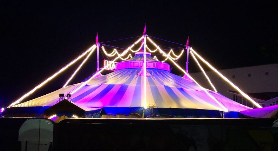 zirkus City Cityscape Popular Music Concert Illuminated Politics And Government Arts Culture And Entertainment Sky Architecture Built Structure