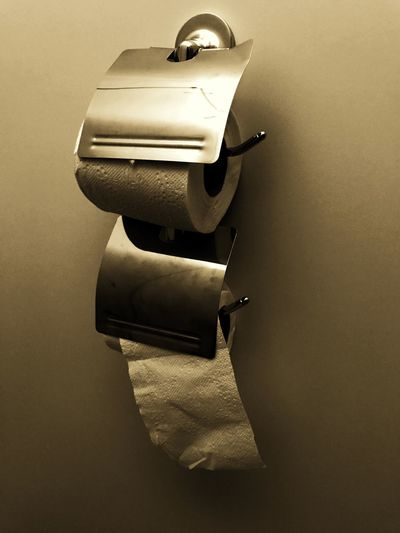 Tissue Paper Tissue Holder Restroom Old Look Photography Objects Accessory