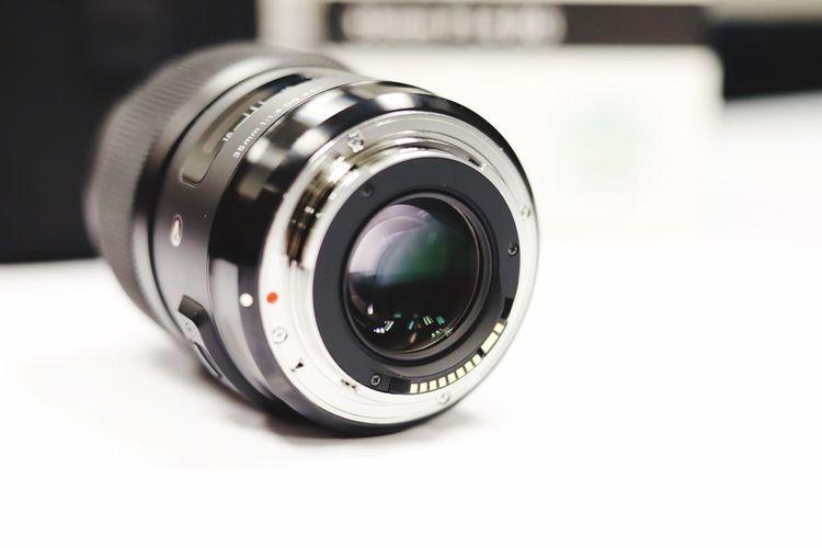 35mm Photography Themes Camera - Photographic Equipment Lens - Optical Instrument Photographic Equipment Close-up Technology Camera Focus On Foreground SLR Camera Digital Camera Shape Lens - Eye