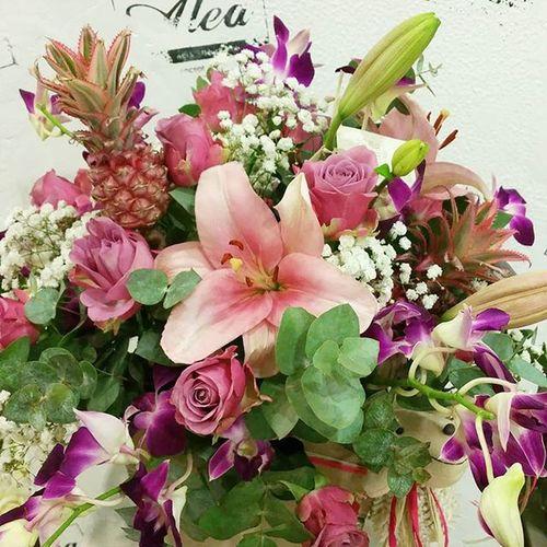 Todo al rosa!!! Pink power. Alea Luxuryflowers Luxury Cesta Flores Flowers Fleurs Fiori Blumen Rosa Rosé Orchid Orquídea Lilies Lilium Lovemyjob
