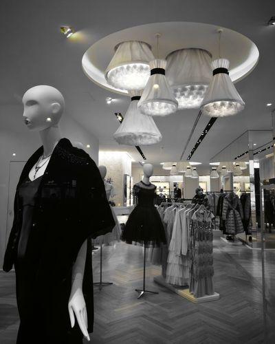 Huaweiphotography Store Retail  Fashion Clothing Store Mannequin Boutique Consumerism Clothing Modern Indoors  Showroom Luxury Choice Buying For Sale