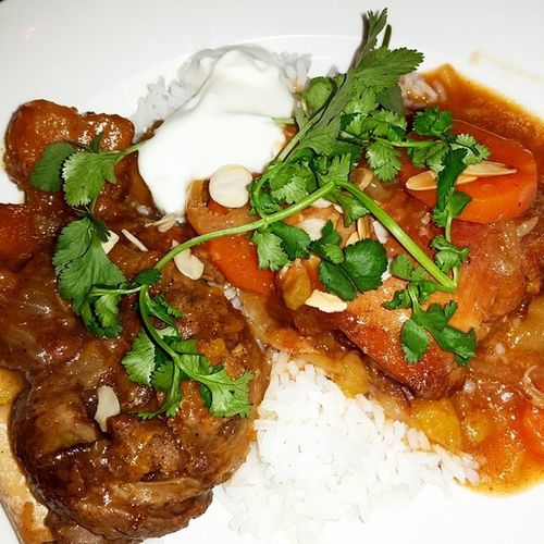 Dinner in Morocco .... Lamb Tagine and a Chicken Tagine Lambtagine Chickentagine Supperclub Yummy
