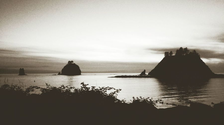 Small, Medium, Large La Push Washington Twilight Black & White Quileute Rocks Pacific Ocean Beach Travel Tranquility Simplicity Water Nature Beauty Beautiful Bella