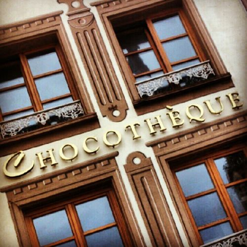Chocotheque Chocolate Schokolade Chocolat mulhouse fenster windows gebäude building
