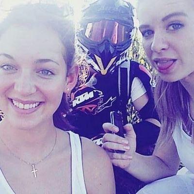 Die letzten freien Tage genießen😊🙌 Wer hat heute lust mal wheelen zu gehen? Airoh Ktm Astars AlpineStars Wheelie Bike Girls