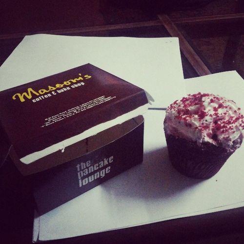 Masoom 's The Pancake Lounge yum cupcake muftaa :P