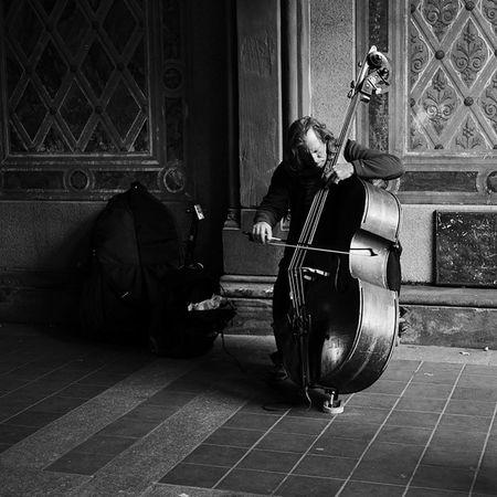 Newyork CentralPark Bw Music Musiker ImagesofNYC Blackandwhite Instrument Old Beautiful Photosergereview