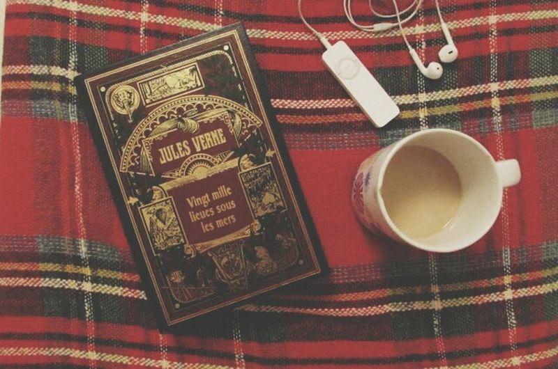 priceless Books Julesverne Coffee Time