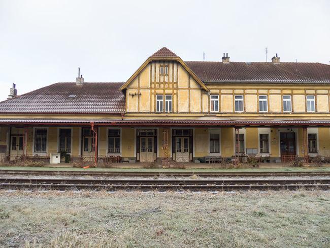 Built Structure Frost Frosty Frosty Mornings Train Train Station Train Tracks Vintage Wintertime