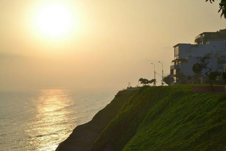 Atardecer en el malecón de la Costa Verde Lima Peru Sunset Picofday