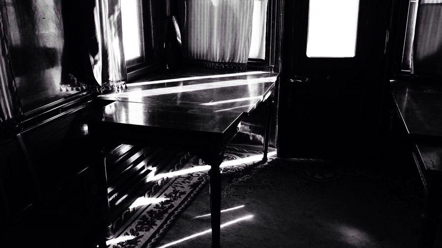 Когда цвет не нужен ▫️◾️ Black And White Bautiful Place музей паровозов Rostov-on-Don Open Your Eyes игра света Старина