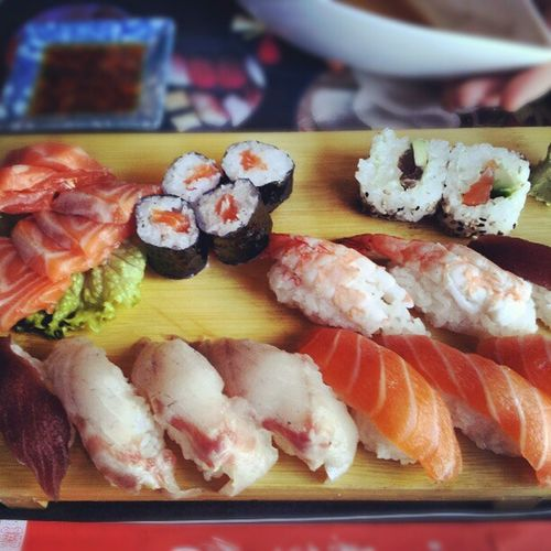 Instacool Instamood Pcsoftheday Photooftheday colors sushi sashimi orientalfood oriental japan japanesefood