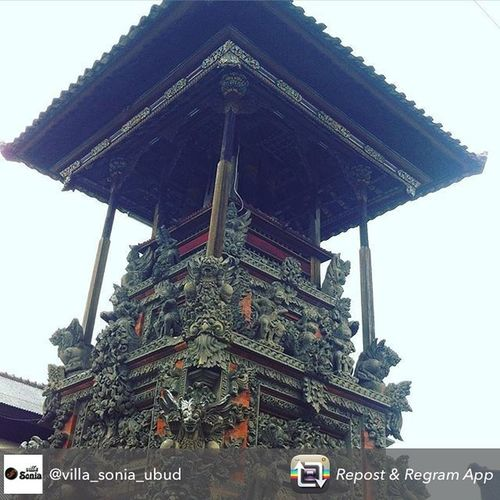 Details Balekulkul Bali Art Carved Statue pict belong to @villa_sonia_ubud