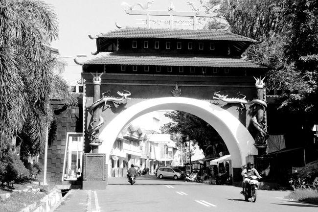 CHINATOWN Gate Bengkulu Architecture_bw Gateway Urbancity