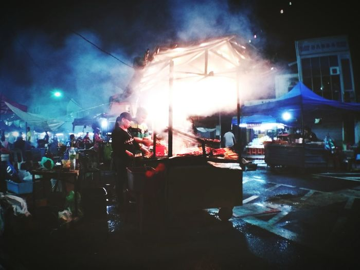 Nightmarket Traditional Food Travelandculture Foodstreet Asiancuisine Borneolifestyle Asian  Travellikelocal The Street Photographer - 2018 EyeEm Awards