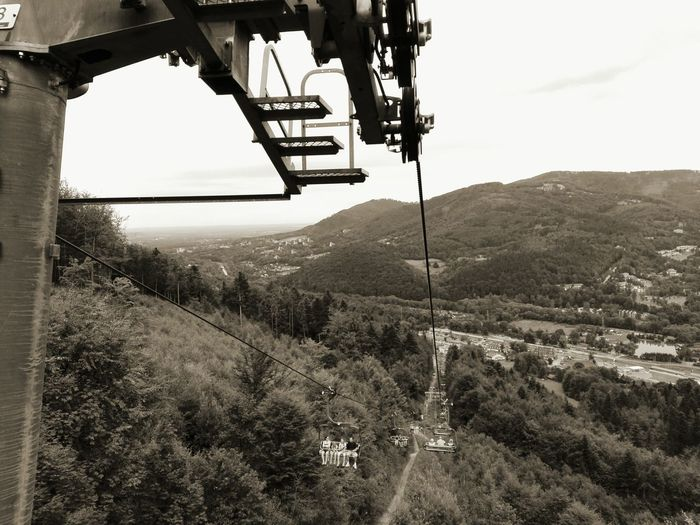 P8lite Blackandwhite Photography Relaxing Cable Railway Taking Photos Hello World Ropeway Relaxing Eyemphotography Mountains