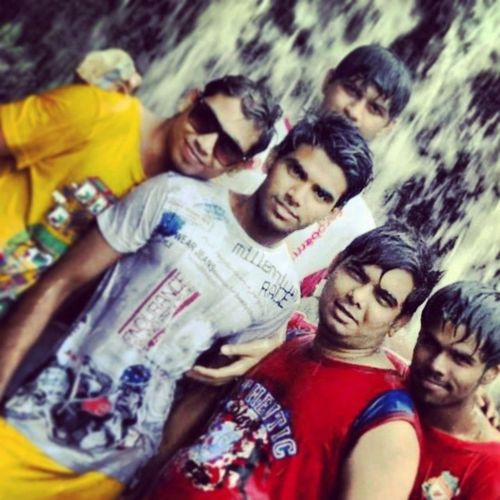 Picnic Saifarms Kolad Officepicnic fun oldmemories friends waterfall cool instapic Awesome time wit office frnds in kolad saifarms.. miss u guys..♡