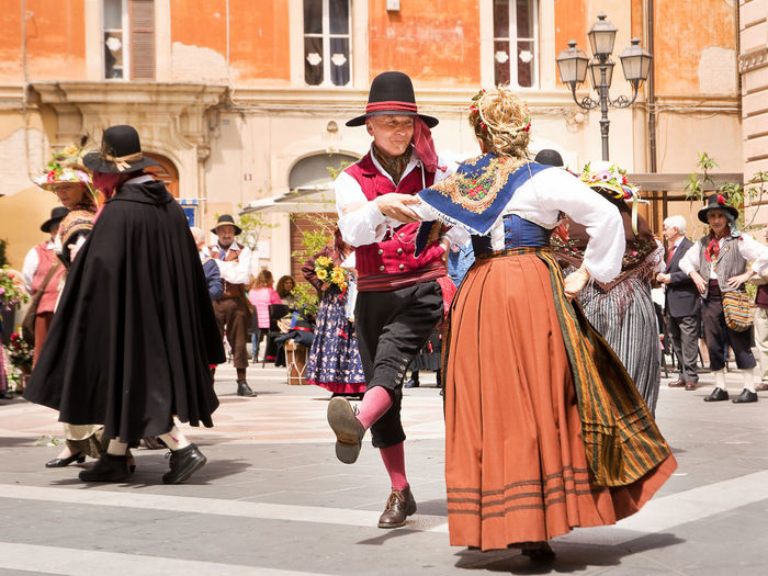 Chieti, Italy - May 08, 2016: people with typical and folk dress that dances in street of Chieti in 08 april 2016 Abruzzo Ballet Chieti City Clothing Dance Dancer Dancers Dress Folk Folklore Folkloristic Italy People Performance Street Tradition Traditional