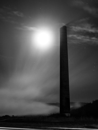 Long Exposure Blackandwhite Moon Mist Oregon Sky No People Nature Cloud - Sky Built Structure Low Angle View Beauty In Nature