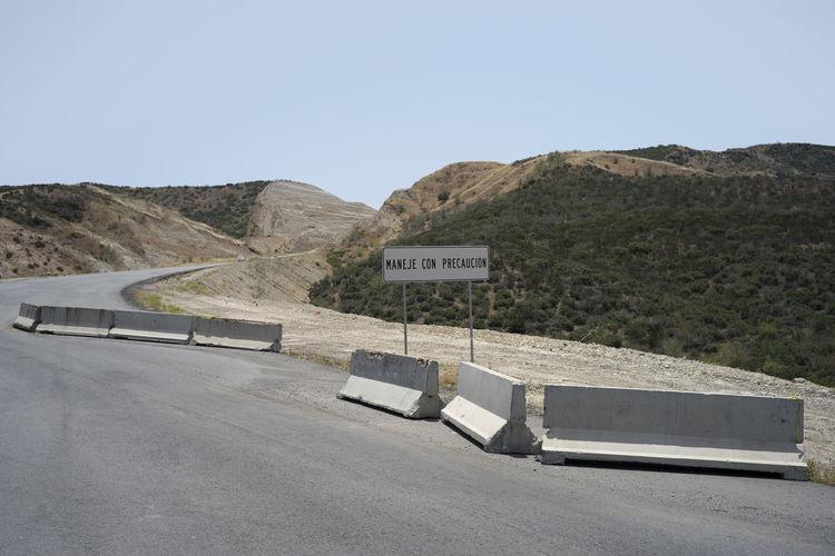 Caution Desert Deviation Exit Sign Mexico Off Road Road Road Block Road Sign Roadtrip