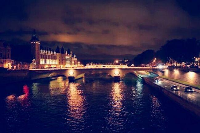 Nuit Blanche Paris Paris Quais De Seine Paris By Night
