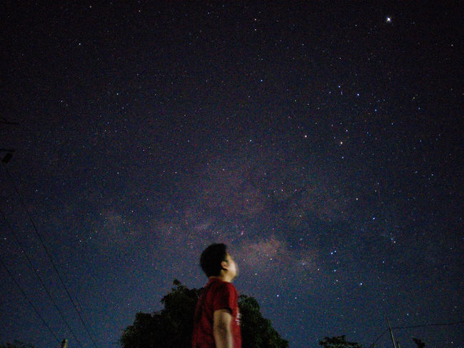 Watching Planet Jupiter Nightphotography EyeEm Night Lights Eyeemphotography EyeemPhilippines EyeEm Best Shots Astrophotography Stars Philippines Asus Night Star - Space Real People Astronomy Galaxy Silhouette One Person Beauty In Nature Milky Way Space Nature Starry Standing Constellation Outdoors Lifestyles Sky People