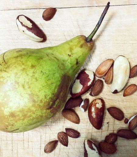 Nuts Peer