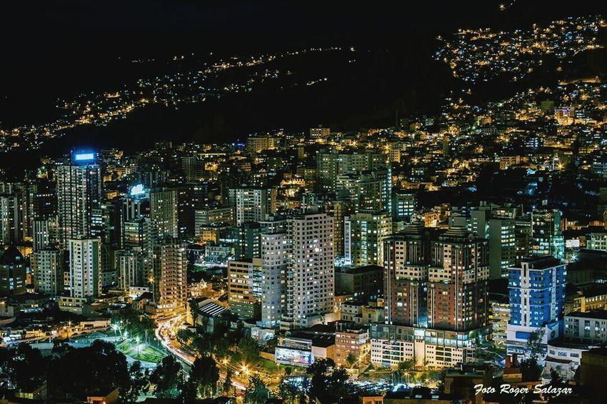 Alguien muy inteligente saco esta bella foto de La Paz, ciudad maravillosa