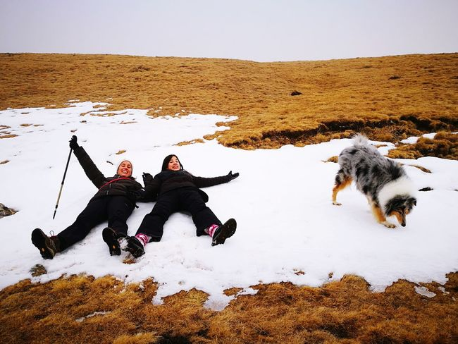 EyeEm Selects Togetherness Snow Warm Clothing Winter Cold Temperature Friendship Men Dog Full Length Sky