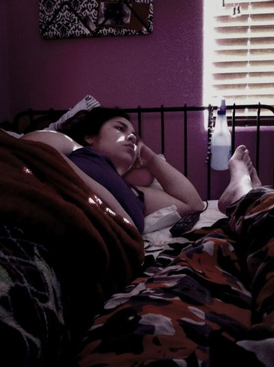 Poor Kayla, she's very sick :c we chilled and watched the hangover (: