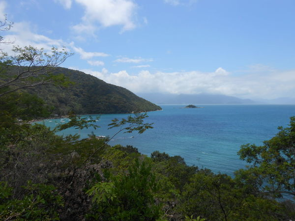 Beauty In Nature Blue Sky Day Foliage Horizon Over Water Ilha Mountain Nature No People Outdoors Scenery Scenics Sea Sky Tranquil Scene Tranquility Tree Vegetation Water