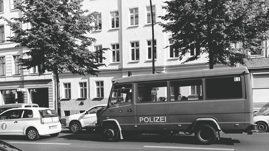 Polizei Streetphoto_bw Vehicle