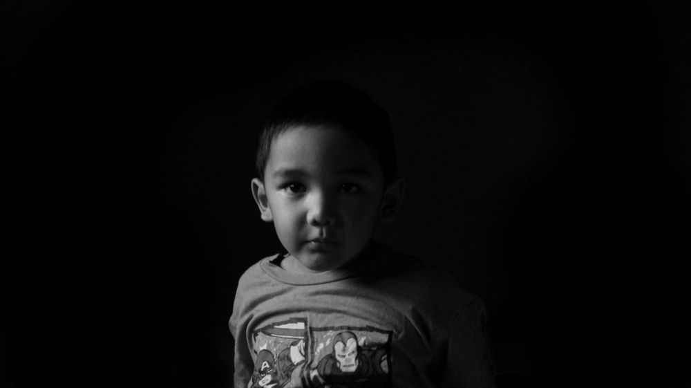 Child Children Only Childhood Looking At Camera Black Background One Person Portrait One Boy Only People Indoors  Close-up Boys EyeEm Photo Of The Day Welcome To Black The Potraitist Eyeem Photo Of The Week EyeEmNewHere