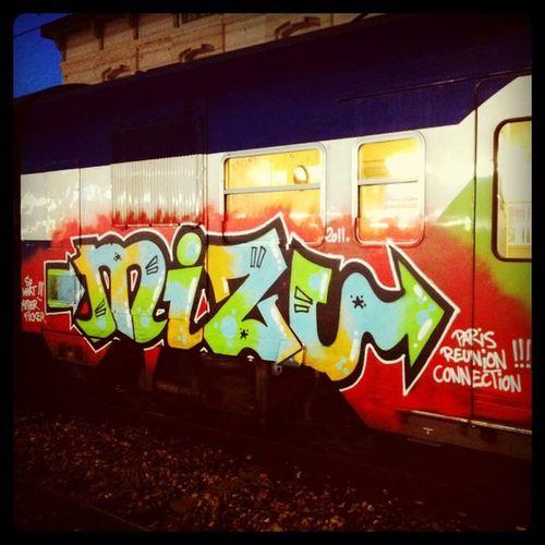 Graff Graffiti RER Transilien train vandal