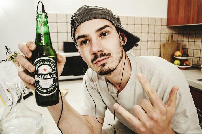 Heineken Soundsgood Selfportrait Selfie Silly Idiot Beer Birra That's Me Taking Photos