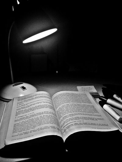 Midterms Inmypanicroom Monochrome Monoart Studying Midterms Fortheloveofblackandwhite Blackandwhite Book Reading Bw