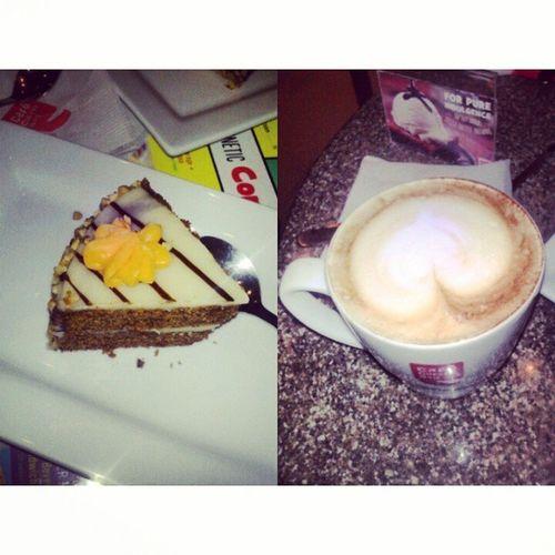Cafe Irish Cake Mumbai coffie marinelines CCD foodie