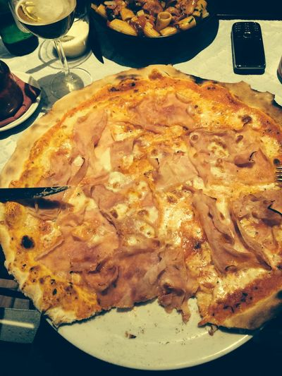 Lunch Pizza BIG Italien Food Italy Tasty Restaurant Hungry !!