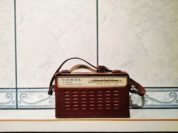 Retro Styled TakeoverMusic Music Analog Antique Old Old-fashioned Radio SOKOL Lieblingsteil Break The Mold
