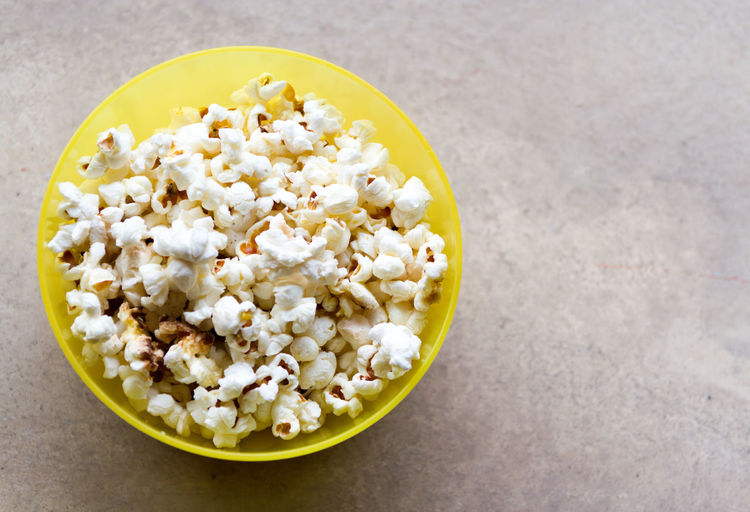Popcorn and movies go so well together Movie Time Popcorn PopcornTime Yummy Food Bowl Food Food And Drink Healthy Eating High Angle View No People Yummy