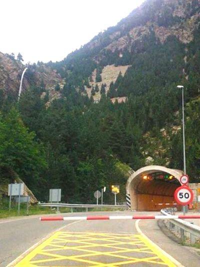 Frontera Borderline España🇪🇸 France 🇫🇷 Carretera Barrera Autopista