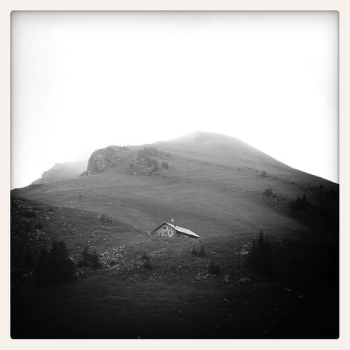 Berghütte - Blackandwhite Landscape Mountains Mobile Photography