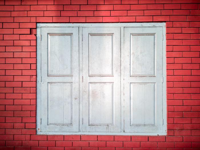 Red Brick White