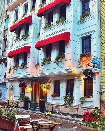 EyeEm Best Shots Eye4photography  EyeEm Best Edits Hotel PhonePhotography Phonephoto Beautiful Colour Photography Street Photography