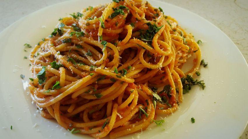 Food Pasta Spaghetti Dinner Lunch Herbs Bellissimo Tomato Sauce Al Dente